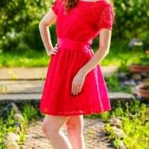 Потрясающее платье ищет свою юную хозяйку!, в Ярославле