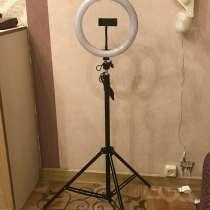 Кольцевая лампа, в Тюмени