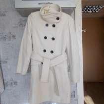 Продам теплое, красивое пальто, в Нижнем Новгороде