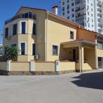 Новый дом 514 м2 в коттеджном поселке на берегу моря, в Севастополе