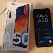Телефон Samsung A50 64 GB новый, в Москве