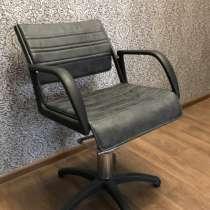 Продам кресло для парикмахерской, в Сургуте