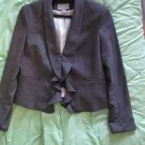 Новый пиджак привезен из ОАЭ, Дубаи на продажу, в Кемерове