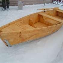 Лодка деревянная, в Москве