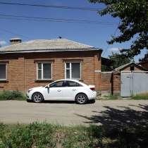 Продается двух этажный дом в городе, в Новочеркасске