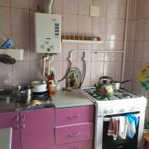 2х комнатная квартира в центре, в Зернограде