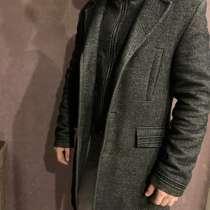 Продам качественное пальто, в Черногорске