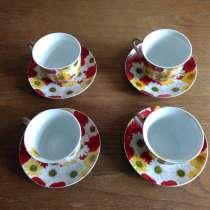 Фарфоровый чайный сервиз на 4 персоны, в г.Мелитополь