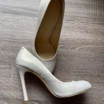 Туфли на каблуке 37 размера из настуральной кожи, в Тюмени