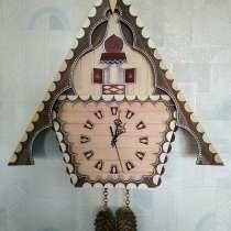 Часы настенные деревянные, в Санкт-Петербурге