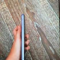 Нашла айфон 11 на улице прошу, в Челябинске