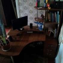 Компьютерный стол (угловой), в г.Макеевка