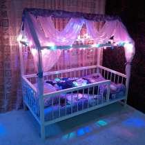 Детская кроватка домик, в Санкт-Петербурге