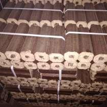 Продаются евро дрова. Упаковка 12штук.Цена упаковки 100 рубл, в Рославле
