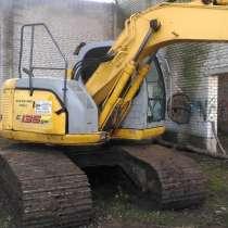 Продам экскаватор KOBELCO E135SR-1ES,2006г, болотник, в Перми