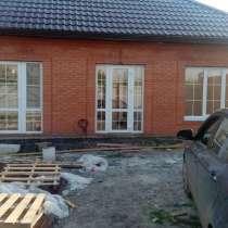Продаю 1эт кир дом чистовая отделка 83 кв м, в Батайске
