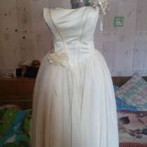 Продам платье, в г.Днепродзержинск