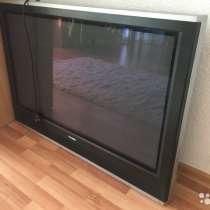 Телевизор плазменнный Toshiba 107см, в Екатеринбурге