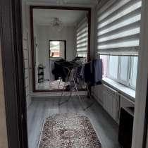 Продается двухэтажный дом в центре Кара-Балты тел 0707415250, в г.Бишкек