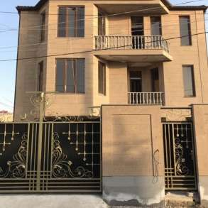 Новый дом в Дурянском районе Авана,3 этажный особняк, в г.Ереван