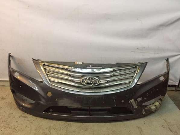 Бампер передний Hyundai Grandeur 5 c решеткой радиатора