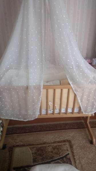 Продается детская кроватка-люлька в Калининграде