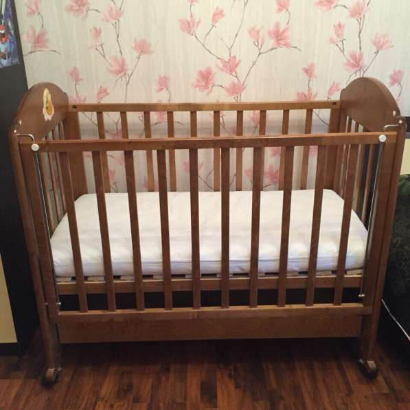 Кровать +матрас