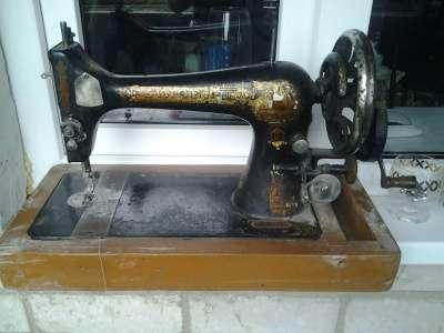 Швейная машинка Зингер А............