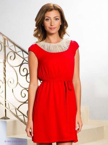 Esley платье s