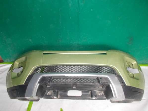 Передний бампер на Land Rover Evoque