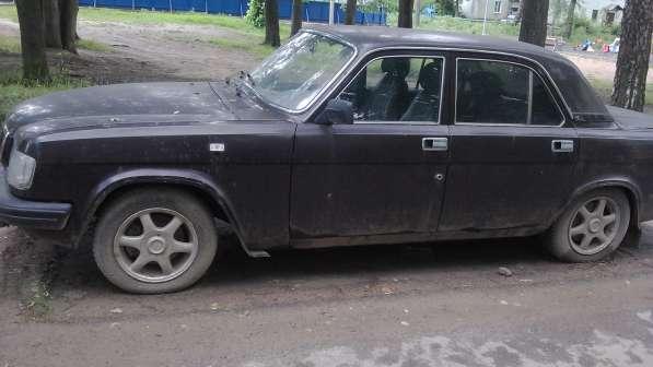 Продается автомобиль Волга 1997г,на ходу,цвет темно-коричнев