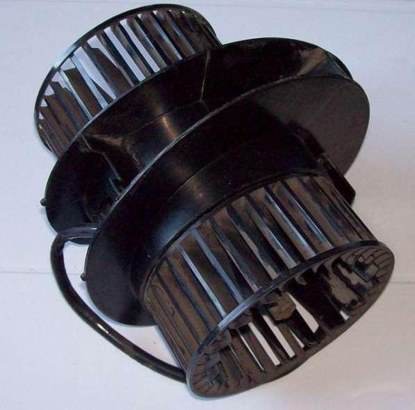 Электродвигатель отопителя Москвич 2141