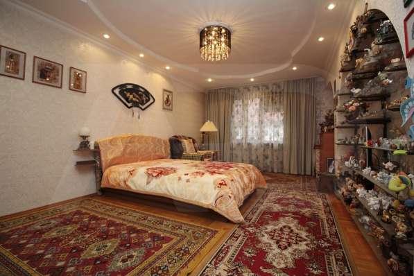 Многокомнатная квартира в центре сочи