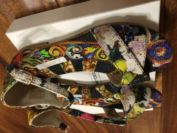 Новые сандали Dolce&Gabbana для девочки размер 30