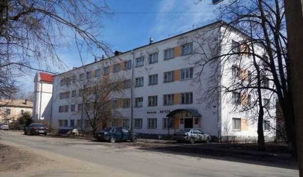 Продажа 1го этажа здания под офисы, магазин, салон