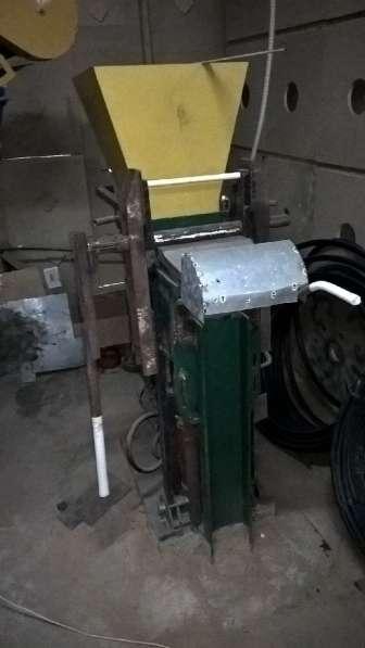 Оборудование для изготовления лего кирпича