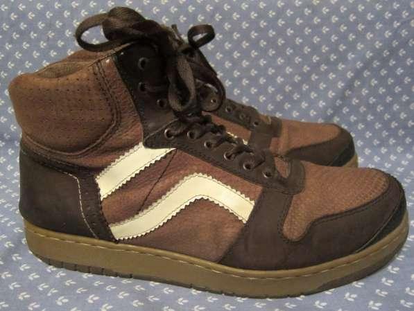 Кроссовки, классические туфли в Калининграде фото 5
