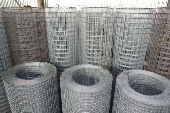 Оцинкованная сетка заборная 25х25х1,6мм., высота 1м