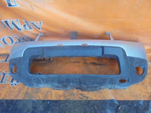 Передний бампер на Renault Duster 2010-2014г