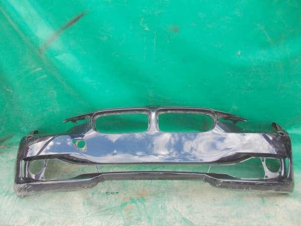 Передний бампер на BMW 3er F30 б. у. оригинал