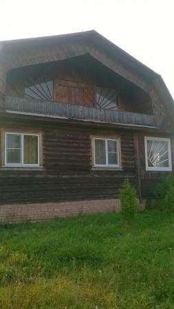 дом д.Сергеево, Парфинског района , 300км от СПб, дом площадью 120 кв.метров
