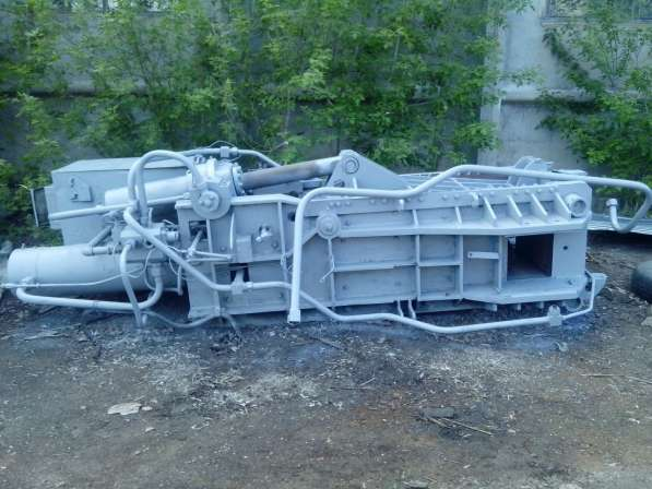 Пресс для металлолома усилием 2500 кН