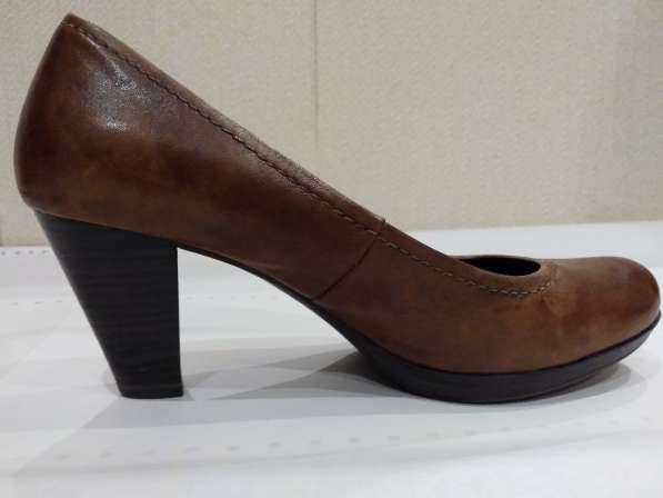 Продаю женские туфли в Дмитрове