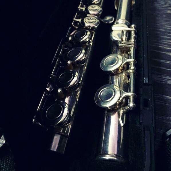 Серебряная флейта Yamaha