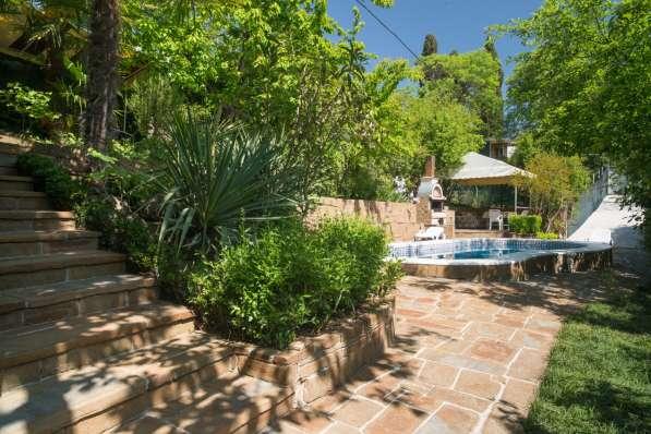 Дом с бассейном и сауной в Ялте фото 16