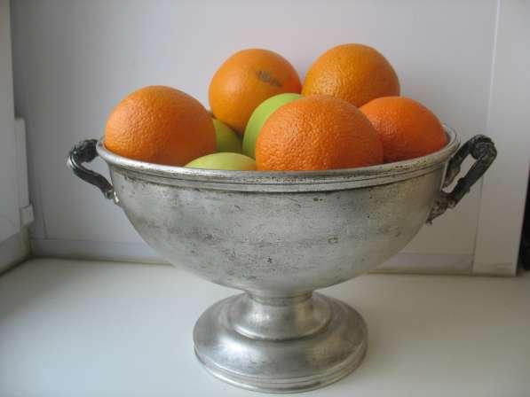 Старинная ваза для фруктов.Фраже