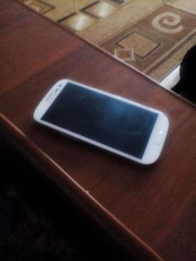 сотовый телефон Samsung S3 la'fleur