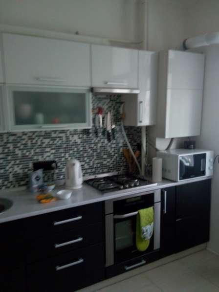 Продам 2 комнатную квартиру на Колобова евро