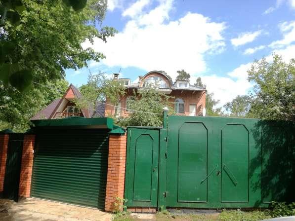 Продается дом 450 кв. м. у Малаховского озера, п. Малаховка