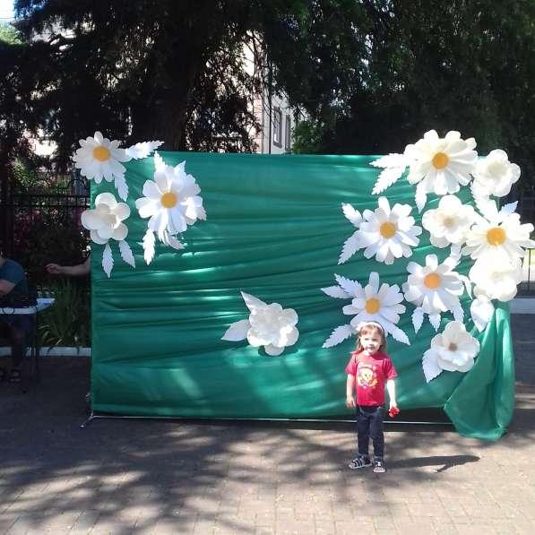 Праздничный декор в аренду, на заказ. Ростовые большие цветы в Сочи фото 6